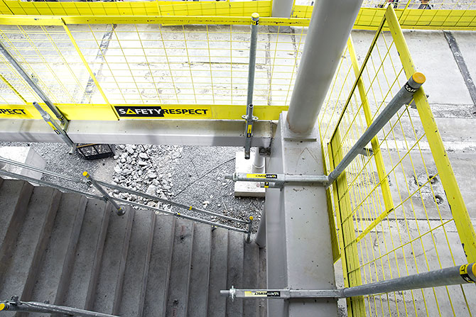 clamp_safetyrespect_550_3472