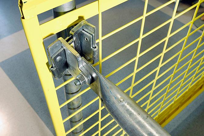 barrier_bracket_360_safetyrespect_2