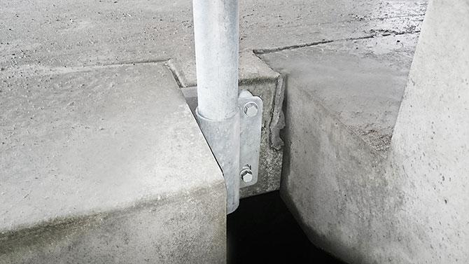 stair_bracket_safetyrespect_0052x