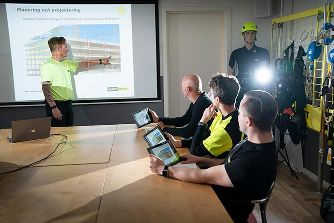 Training courses fall protection