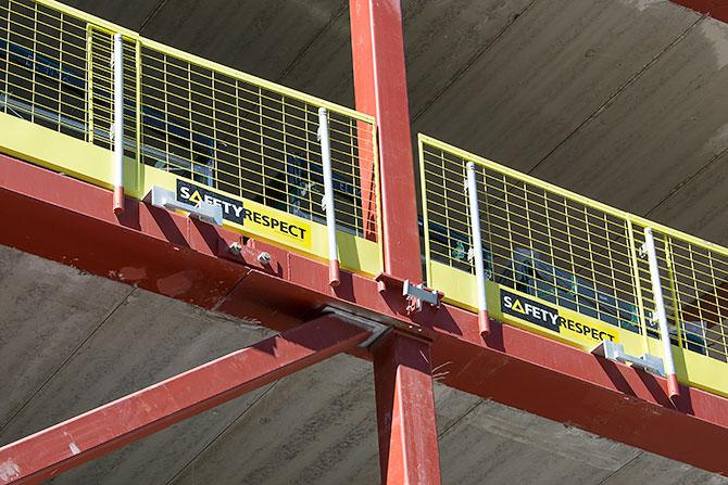 Edge protection installation on steel beams