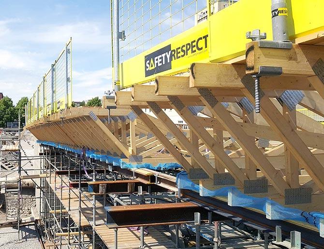 Wood beam clamp bridge
