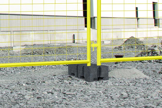 Block foot guard fence